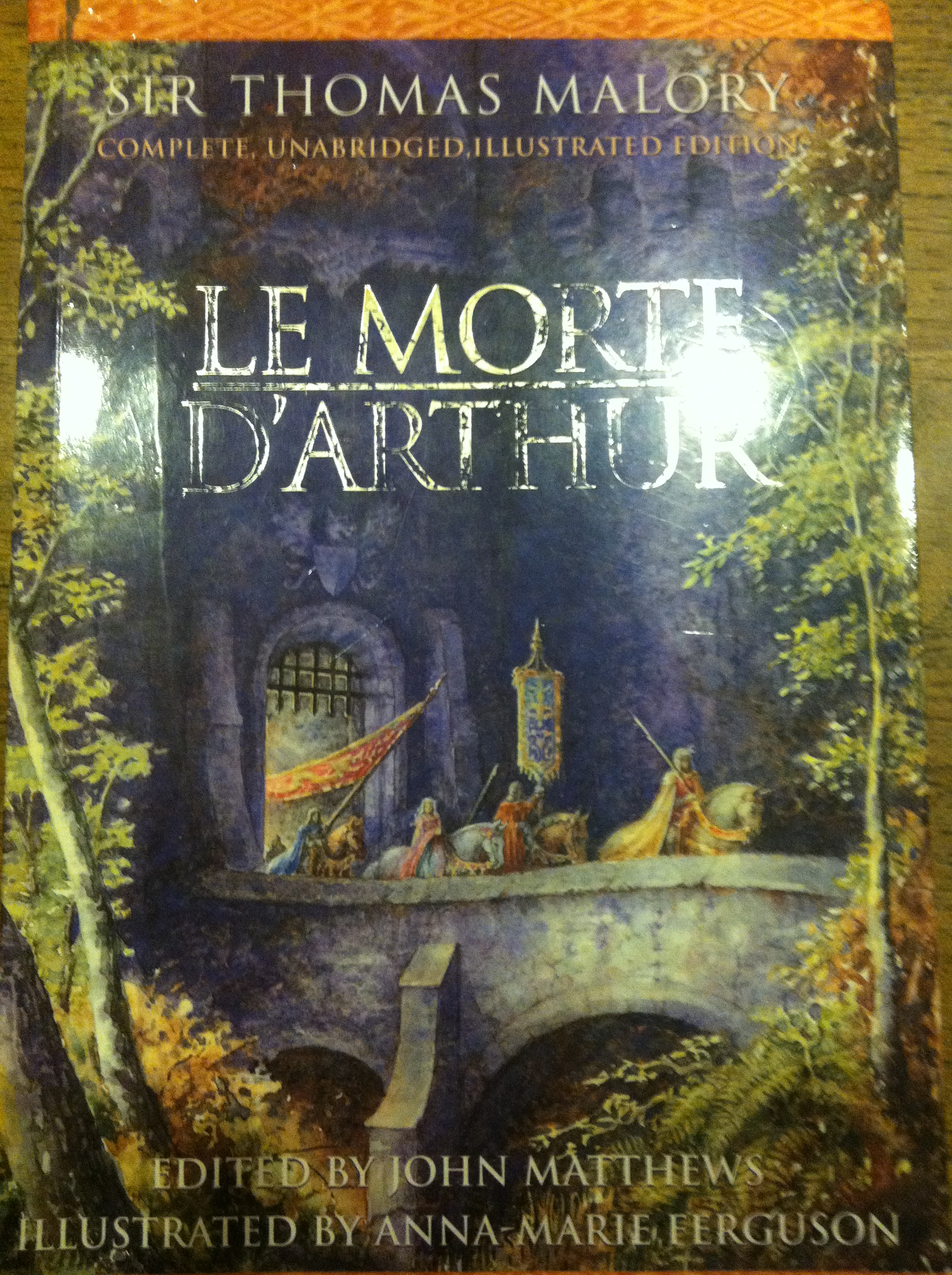 A literary analysis of le morte darthur by sir thomas mallory