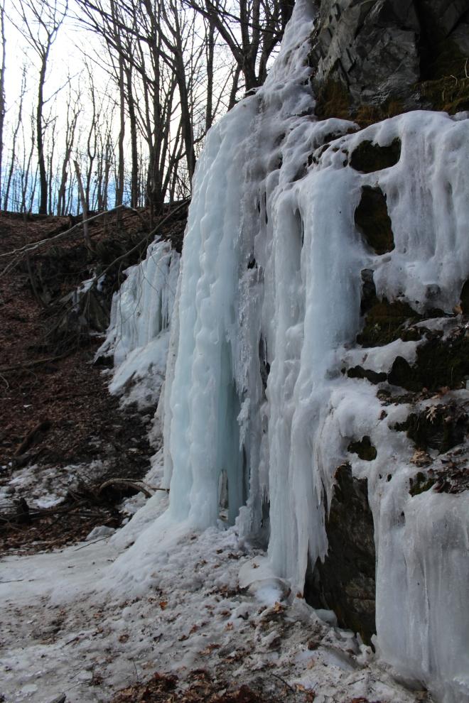 icicle wall